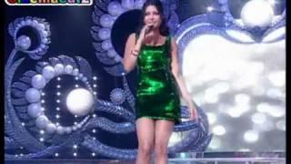 getlinkyoutube.com-هيفاء وهبى سنرى من حفل ملكة جمال لبنان 2010 .mpg