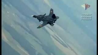 getlinkyoutube.com-Su-47 vs F-22 Raptor
