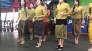 getlinkyoutube.com-การเต้นบาสโลบของสาวลาว