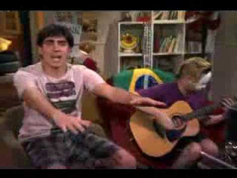 Marcelo Adnet - Gil Brother cantando Macarena - 15 minutos M
