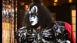 getlinkyoutube.com-Gene Simmons and Ace Frehley on the don lane show a suprise visit 1980