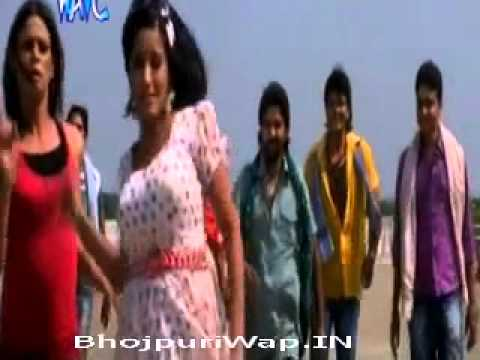 Monalisa Very hot,sexy & Sizzling in Bhojpuri movie Dakait (Bob Hair Cut Kariya Song)