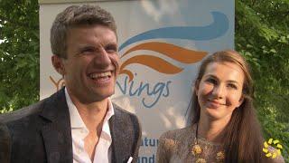 getlinkyoutube.com-Thomas und Lisa Müller zeigen ihre Liebe und Familie bei einer Charity-Gala