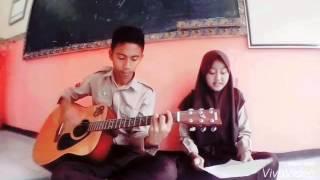 getlinkyoutube.com-Remember Of Today - Pergi Hilang dan Lupakan (cover Guitar by Almi & Elsi)
