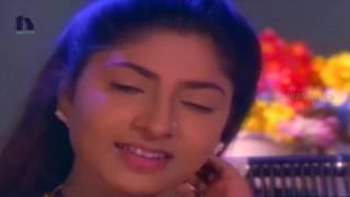 getlinkyoutube.com-Ooha Telugu Movie Video Songs - Siri Siri Navvula Song - Vikram, Ooha