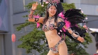 getlinkyoutube.com-学生サンバチームがノリノリダンシングで興奮度MAX! Viva! Samba Parade!!