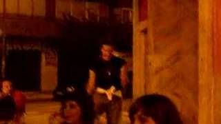 Loco de Cartagena bailando en Príncipe