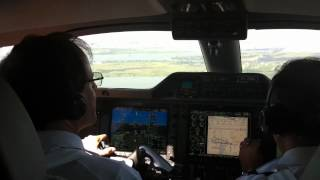 getlinkyoutube.com-Phenom 300 approach and landing in SBPA