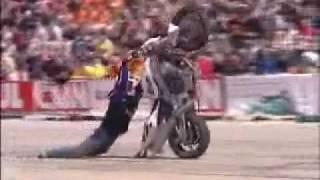 getlinkyoutube.com-Campeonato Mundial de Manobras de Motos