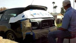 getlinkyoutube.com-DIY spray paint on  Honda Civic Turbo part 1
