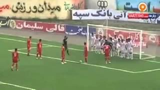 تا حالا این صحنه عجیب رو در فوتبال دیده بودید ؟