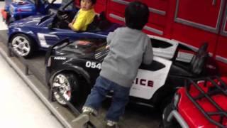 getlinkyoutube.com-Kid Test Drives Toy Cars