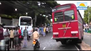 Gov – Private Buses Accident : two seriously injured