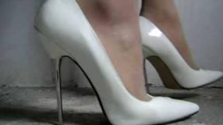 getlinkyoutube.com-WHITE STILETTOS
