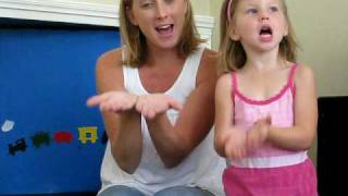 getlinkyoutube.com-Jesus Loves Me This I Know With Sign Language ~ Children's Music, Songs & Nursery Rhymes