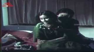 Shankar - Menaka Romantic Scene - Soundaryapinakkam Malayalam Movie Scene