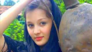 "getlinkyoutube.com-Heda Hamzatova ""Chechen song"""