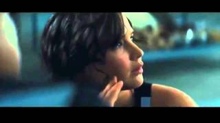 getlinkyoutube.com-Hunger Games: Catching Fire --- Fire and Forcefield Scene