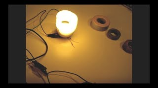 getlinkyoutube.com-Joule Thief(Mini Toroid) Powers CFL using 1.3V+