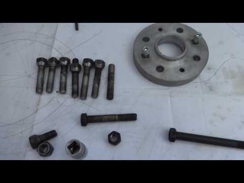 Как сделать шпильки крепления колес ВАЗ вместо заводских болтов .