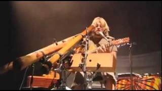 Amazing musical performance Video  - Xavier Rudd