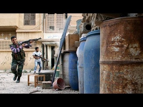 Syria: fierce battle for strategic town of Qusair