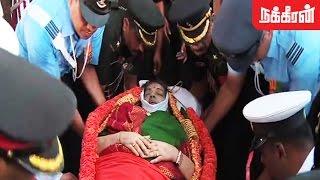 getlinkyoutube.com-ஜெ. நல்லடக்கம் - Jayalalitha Last Respect Funeral Video