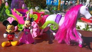 getlinkyoutube.com-Видео для девочек. Микки Маус Дисней приглашает Минни на бал. Сказка для Минни.