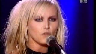getlinkyoutube.com-The Cardigans - Erase and Rewind (Live MTV Europe Music Awards 1999 Ireland)
