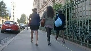 getlinkyoutube.com-Boys wear skirts for school in France in pro-equality protest