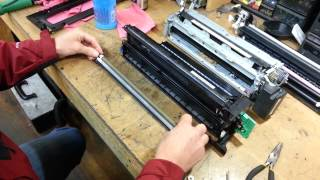 getlinkyoutube.com-Cleaning charge roller for streaks in MPc2000/2500/3000/3500/4500