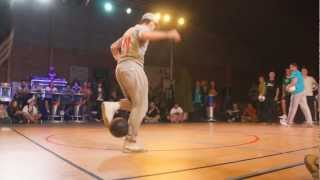 getlinkyoutube.com-Seven to Smoke - Championnat de France Freestyle Football - Royan '12 [HD]