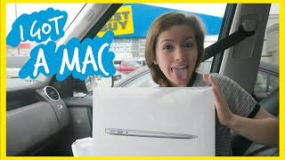 getlinkyoutube.com-I got a NEW Laptop | Macbook Air!!