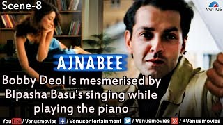 Bobby Deol is Mesmerised Seeing Bipasha Basu Playing the Piano (Ajnabee)