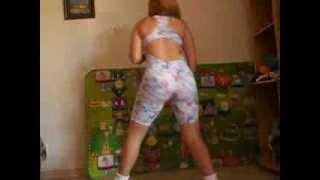 getlinkyoutube.com-tentando dançar
