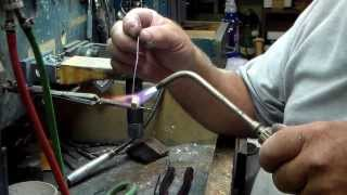 getlinkyoutube.com-Making a heavy Silver ring Part 1