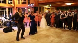 داماد و مادرش با انواع رقص با سبک های متفاوت عروس و میهمانان را شگفت زده کردند