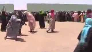 getlinkyoutube.com-سبحان الله ، شوف تاثير القران الكريم في السحرة والمشعوذين ، الحدث من قرية في السودان