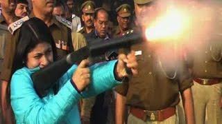 getlinkyoutube.com-Know all about this dabang and honest Bulandshahr DM B Chandrakala
