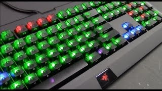 getlinkyoutube.com-How To Install Max Keyboard Black Translucent Replacement Keycaps on Razer Blackwidow Ultimate 2013