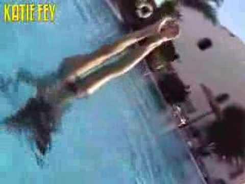 Katie Fey UW Handstand
