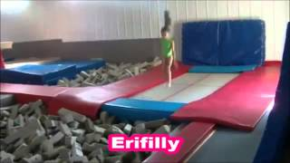 getlinkyoutube.com-Las mejores gimnastas del mundo