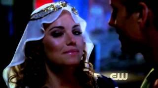 getlinkyoutube.com-Smallville Erica Durance and Green Arrow