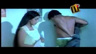Uyarangalil - Mohanlal and M.T.Vasudevan Nair - 1