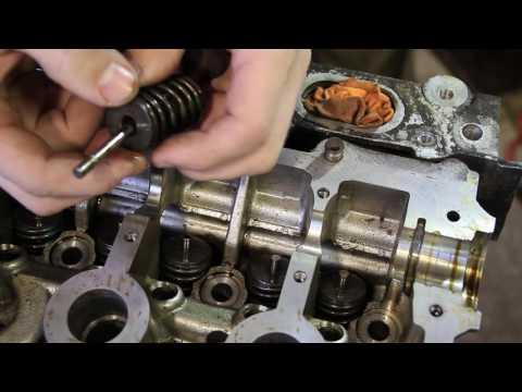 Ремонт двигателя K4J на Renault Symbol (1я часть)