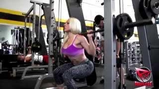 getlinkyoutube.com-IFBB Figure Pro Bojana Vasiljevic Trains Legs at The Mecca