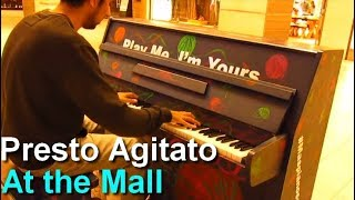 getlinkyoutube.com-Play me, i'm yours - Beethoven moonlight sonata 3rd movement at a Mall