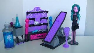 getlinkyoutube.com-Create-A-Monster Color Me Creepy Design Lab - Monster High