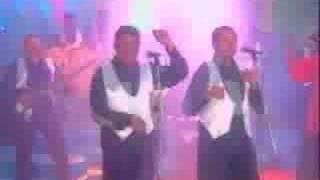 getlinkyoutube.com-farid ortiz-negrito osorio en vivo(te bailaron el indio)
