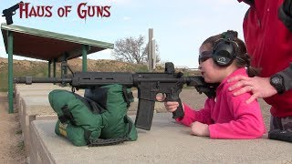 getlinkyoutube.com-7 Year Old's First Time Shooting AR-15
